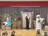 Teater algkooli  õpilastel  külas